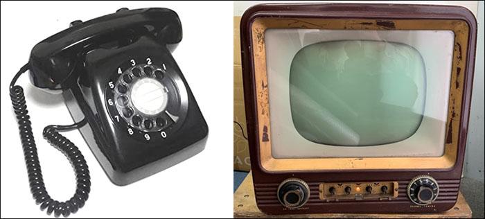 黒電話とテレビ